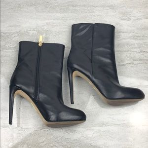 LOUISE ET CIE Black Leather Booties Size 8